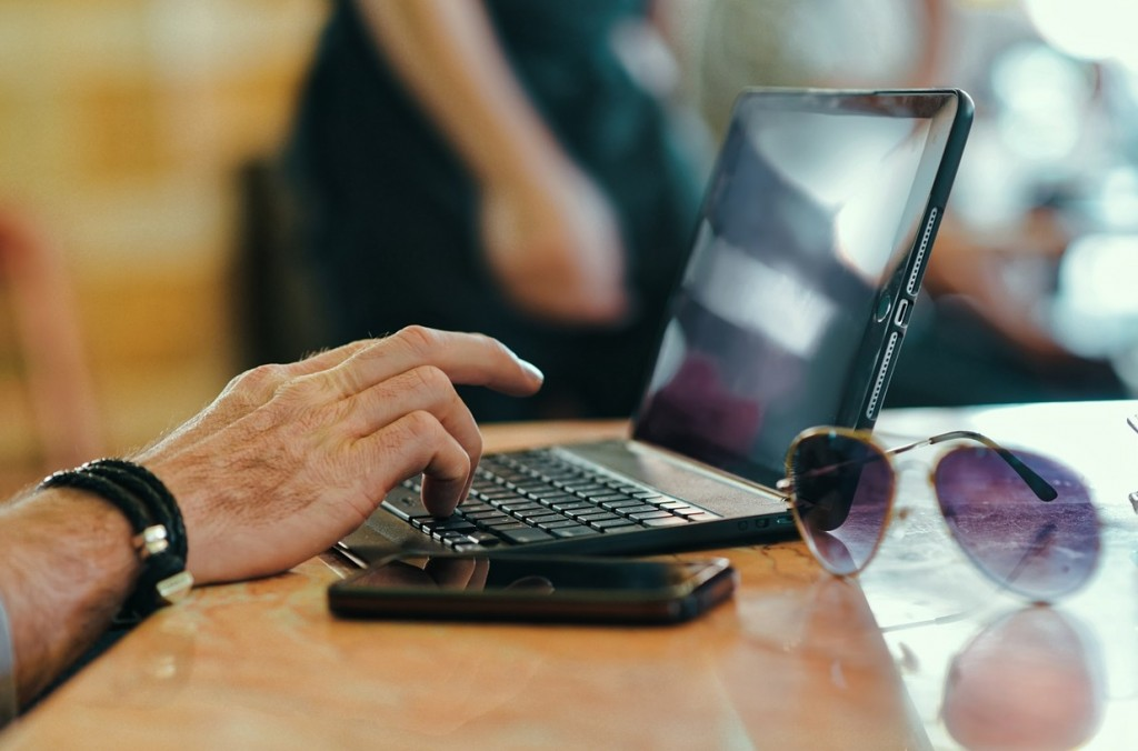Edukacja partnerow handlowych na platformie e-learningowej
